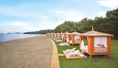 De stranden van Fethiye maken deel uit van het broedgebied van schildpadden. TUI SENSATORI Resort Barut Fethiye gaat tot het uiterste om de schildpadden en hun eitjes te beschermen tijdens het broedseizoen, tussen mei en oktober, door folders te maken en bordjes te zetten rondom broedgebieden.<br />