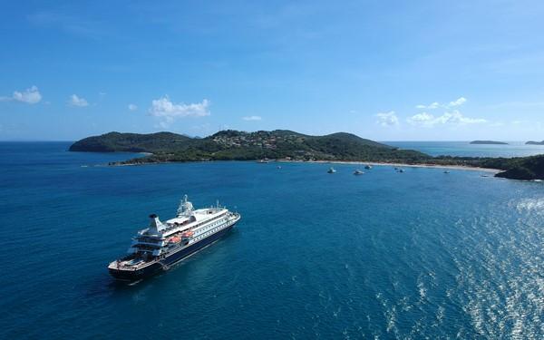 Caraiben met een luxejacht