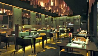 """<div style=""""text-align: justify;"""">Je verblijft hier met een """"all-in""""-concept, wat betekent dat alle maaltijden, snacks en een selectie dranken volledig inbegrepen is. Je kan alle maaltijden nemen in het hoofdrestaurant met terras. Wil je wat afwisseling, kan je ook het fusionrestaurant of het Japans restaurant uitproberen. Genieten van een drankje kan in de poolbar met swim-upbar, of de chill-out zone. Je kan ook volgende restaurants reserveren inhotel Riu Atoll: steakhouse, Italiaans restaurant, salonbar met terras, sportsbar.</div>"""