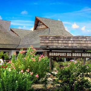 De luchthaven van Bora Bora