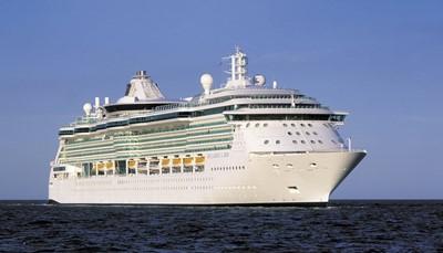 Brilliance of the Seas is een middelgroot cruiseschip van Royal Caribbean voor zo'n 2.000 passagiers. Door dit beperktere aantal gasten heerst er steeds een rustige sfeer aan boord. Tegelijk is de Brilliance groot genoeg om talrijke voorzieningen en restaurants te herbergen. Dankzij een grootscheepse vernieuwing in 2013 verdubbelde het aantal eetgelegenheden zelfs en kreeg de Brilliance nog een resem andere nieuwigheden. De grootste blikvanger van het schip is ongetwijfeld het adembenemend atrium van negen verdiepingen hoog, inclusief panoramische glazen liften!<br />