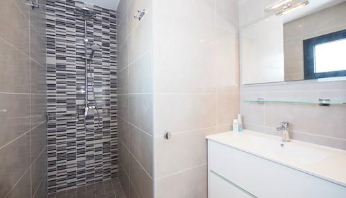 Moderne villa aan de costa brava selectair - Water kamer model ...