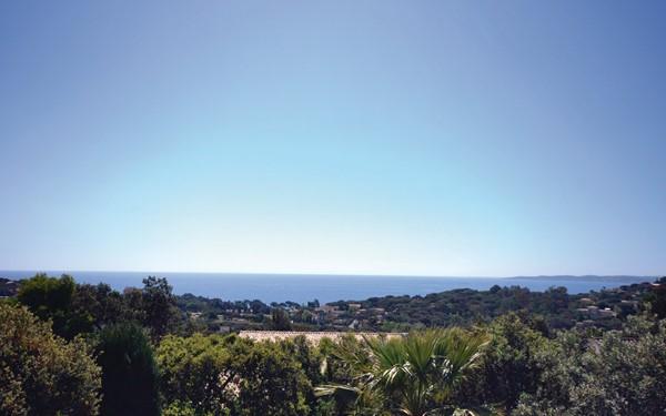 Vakantiehuis met zeezicht aan de Côte d'Azur (8p)