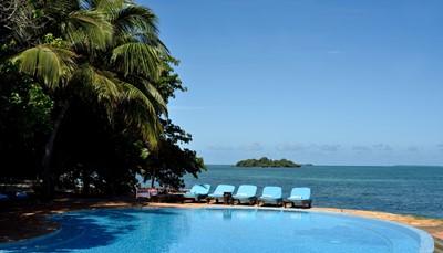 <ul><li>Vertrek op vrijdag 23 november 2018 en aankomst dezelfde avond in Zanzibar, verblijf tot 30 november ter plekke, terug in Brussel op zaterdag 1 december.</li></ul><p><br></p><ul><li>Vertrek op vrijdag 15 februari 2019 en aankomst dezelfde avond in Zanzibar, verblijf tot 22 februari ter plekke, terug in Brussel op zaterdag 23 februari.&nbsp;</li></ul>