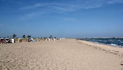 <p>Het vakantiepark Oostzee Resort Olpenitz ligt in het Noordelijke punt van Duitsland aan de Baltische zee. Vanuit hier kun je uitstapjes doen naar Kiel of Flensburg. Het park beschikt over een kleine baai met een zandstrand en kilometerslange stranden aan de Baltische zee, die doorlopen tot Schönhagen. Aan dit nieuwe vakantiehuizengebied wordt nog verder gebouwd op het voormalige Marine terrein in Olpenitz, op meer dan 150 hectare, omgeven door de natuur.</p>