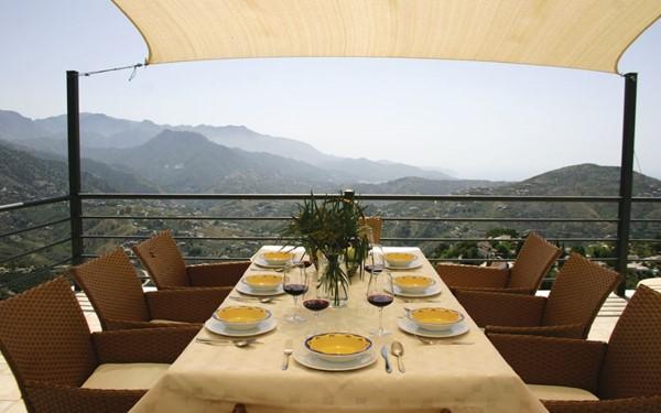 Modern vakantiehuis in de bergen van Andalusië