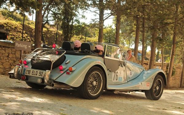 Met de e-bike en oldtimer door de Provence